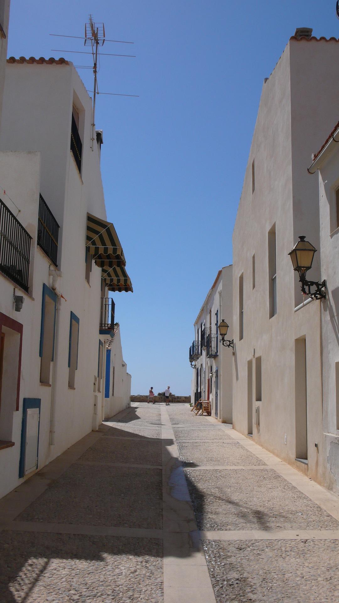 Tabarca - malownicza ulica Calle Del Mújol