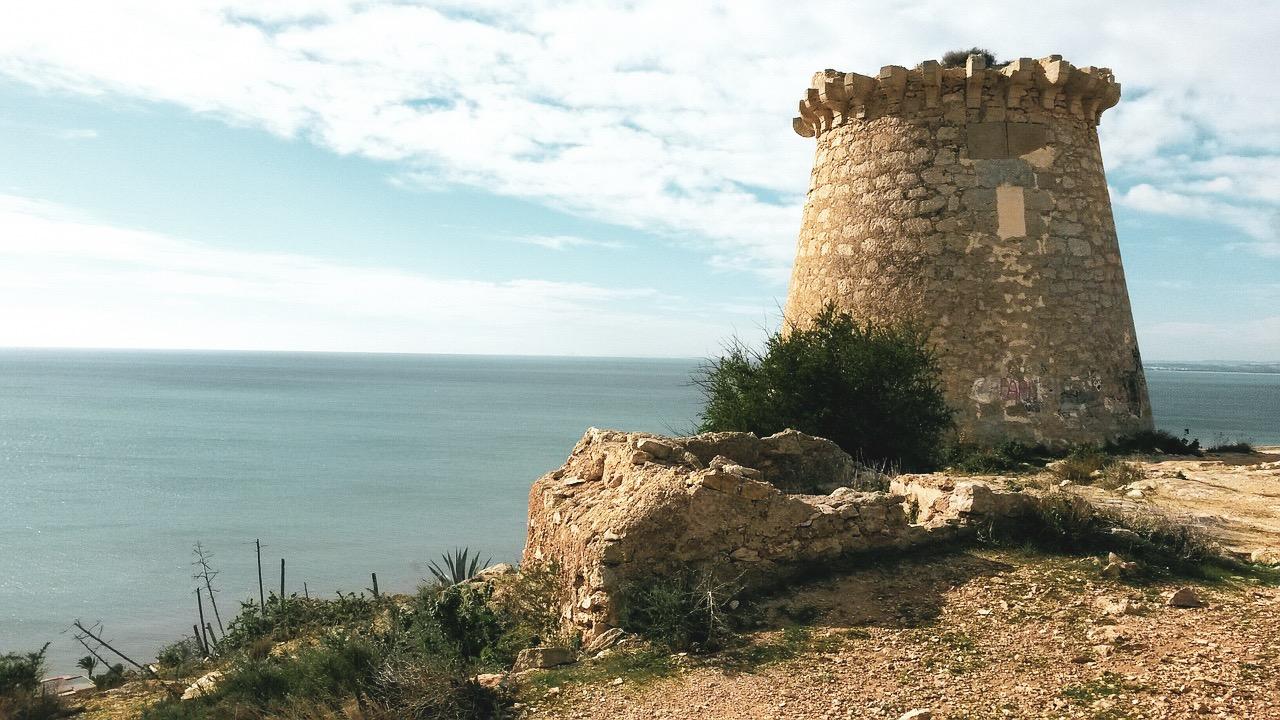 Widok z Torre de les Escalates w Santa Pola