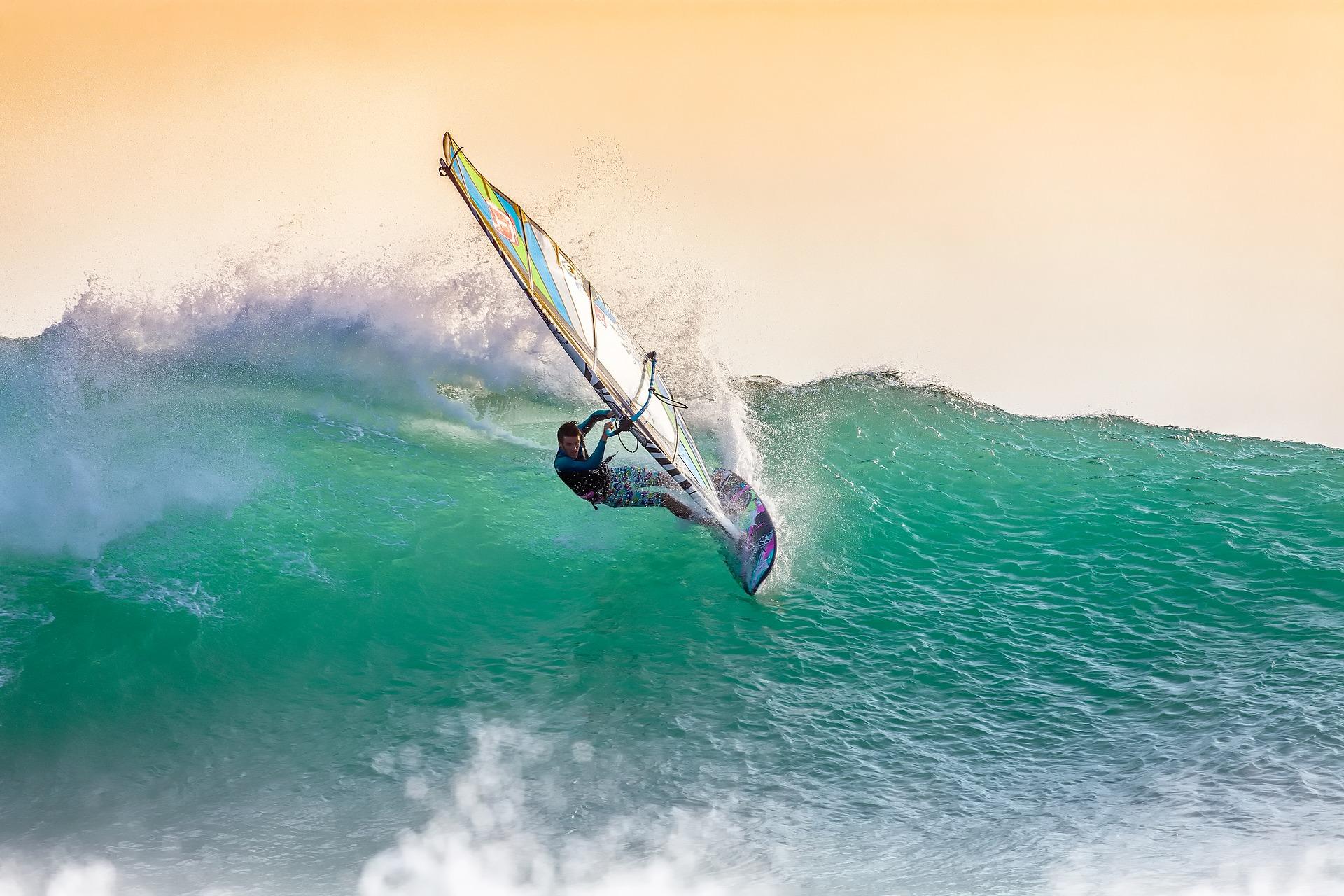 Windsurfing - Idealna opcja dla lubiących aktywny wypoczynek