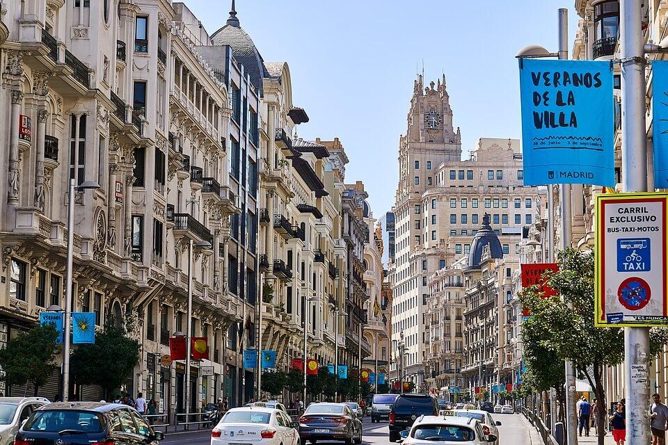 Mieszkania w Hiszpanii
