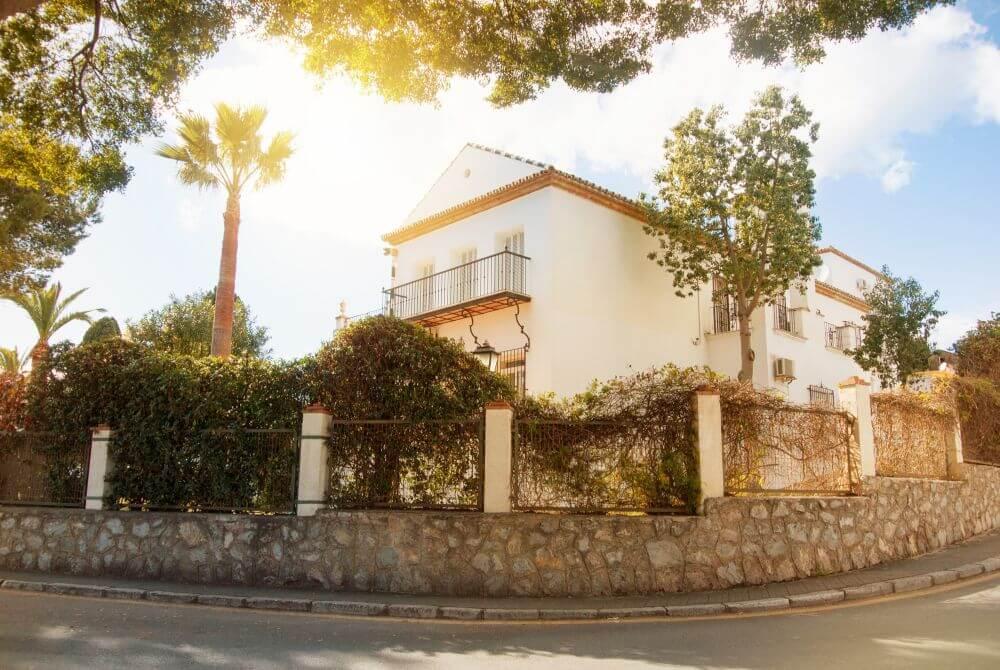 koszty utrzymania nieruchomości w Hiszpanii